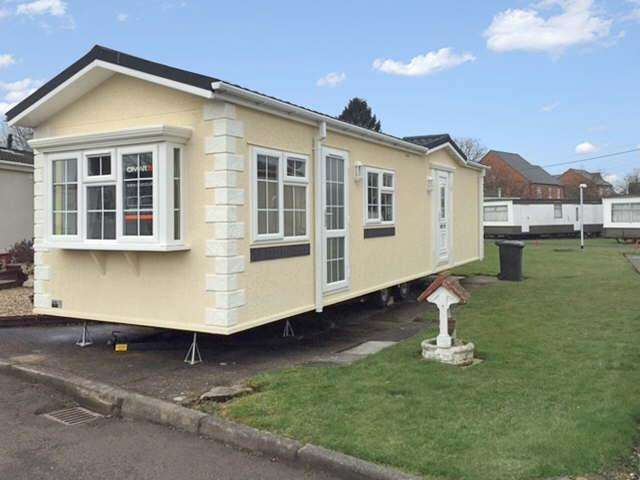 2 Bedrooms Detached Bungalow for sale in St Christophers Park, Ellistown