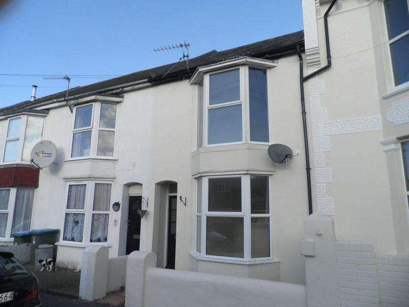 1 Bedroom Ground Flat for sale in Felpham, West Sussex