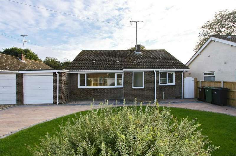 2 Bedrooms Detached Bungalow for sale in Brookside, North Elmham, Dereham, Norfolk