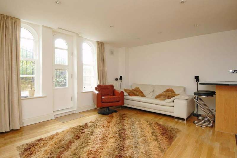 2 Bedrooms Apartment Flat for sale in Princess Park Manor, N11 3FP