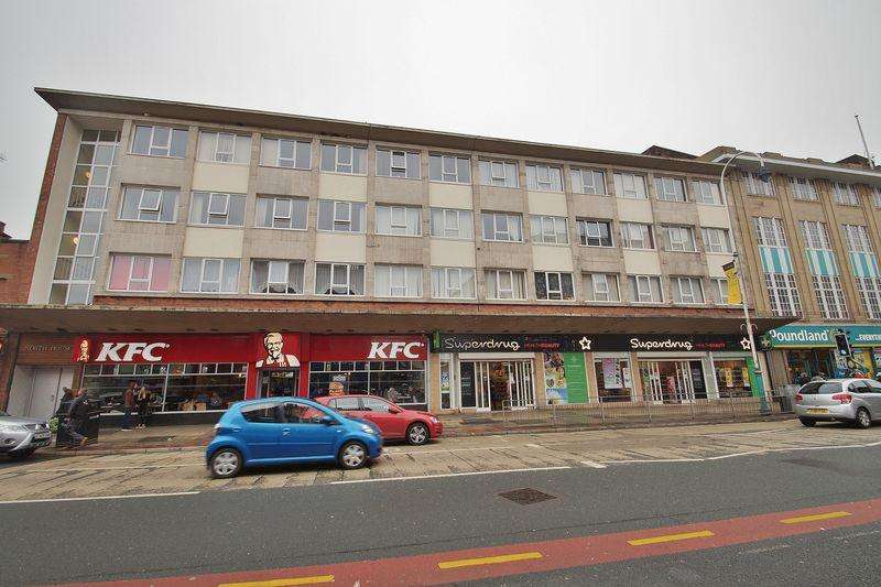 2 Bedrooms Apartment Flat for sale in North House East Bank Street