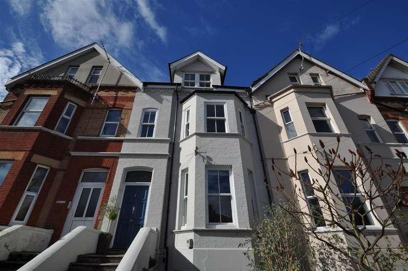 4 Bedrooms Maisonette Flat for sale in Westbourne