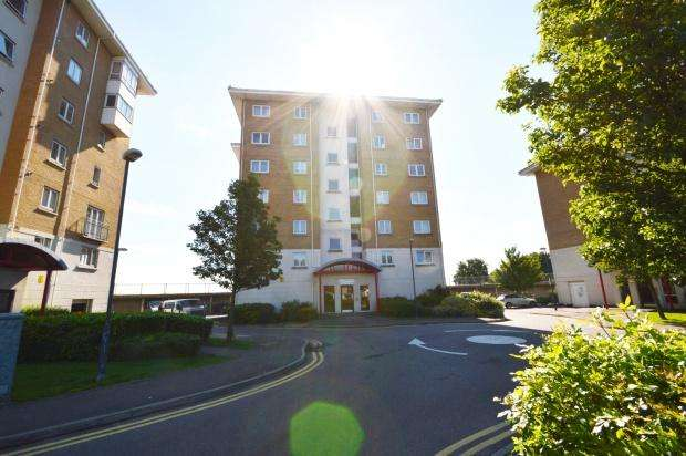 2 Bedrooms Apartment Flat for sale in Chichester Wharf, Erith, DA8