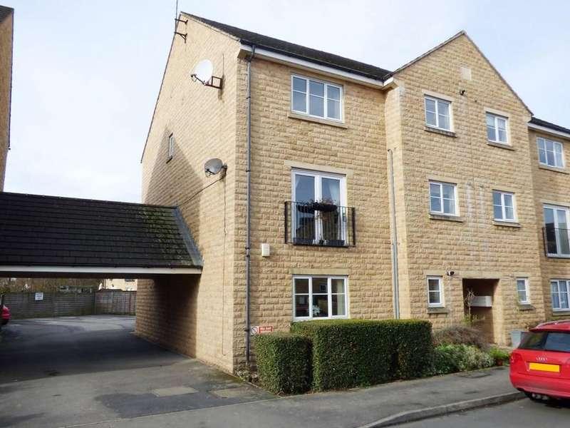 2 Bedrooms Ground Flat for sale in Aldersyde Road, Guiseley