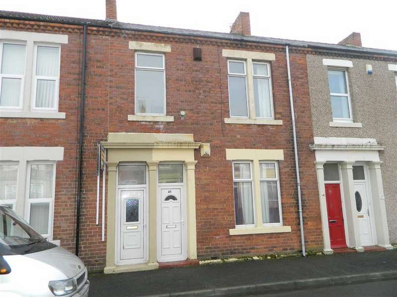 3 Bedrooms Flat for sale in Hopper Street West, North Shields, Tyne And Wear, NE29