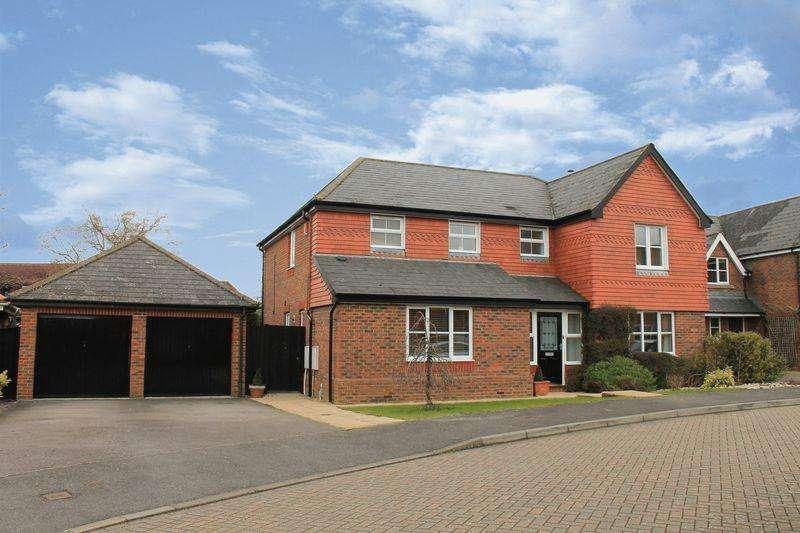 5 Bedrooms Detached House for sale in Cranham Avenue, Billingshurst