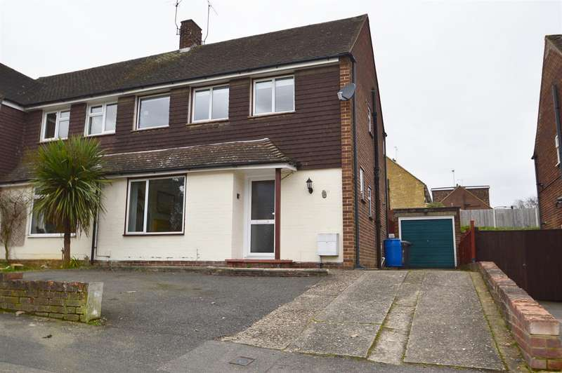 3 Bedrooms Property for sale in Sycamore Drive, Aylesford