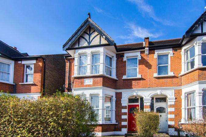 4 Bedrooms Semi Detached House for sale in Goldsmith Avenue, Acton