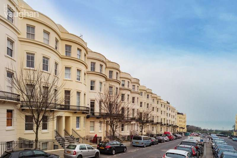 1 Bedroom Flat for sale in Brunswick Place, Hove, BN3