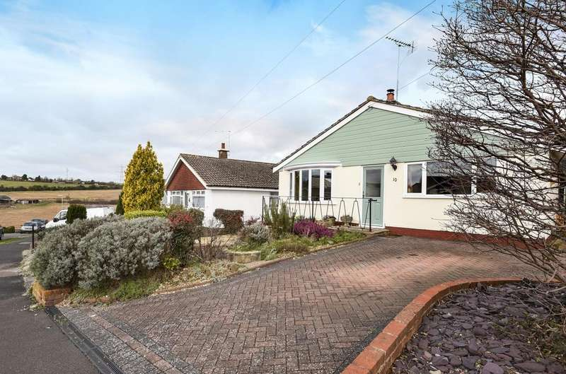 3 Bedrooms Detached Bungalow for sale in Francis Road, Horndean, PO8