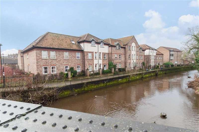 3 Bedrooms Apartment Flat for sale in Waterside, Ripon