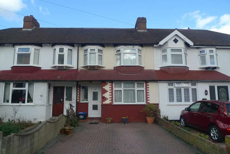 3 Bedrooms Terraced House for sale in Wills Crecsent, Whitton TW3