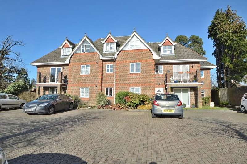 2 Bedrooms Ground Flat for sale in Winchester Road, Chandler's Ford