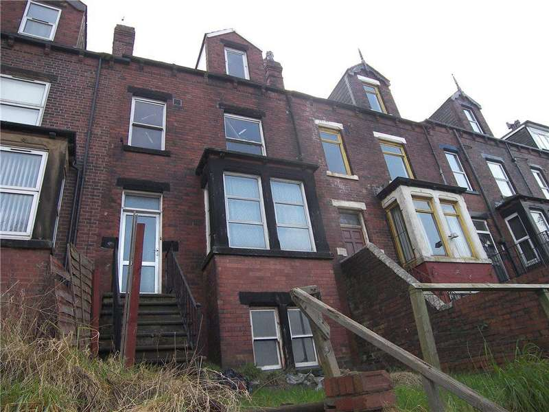 5 Bedrooms Terraced House for sale in Stanningley Road, Leeds