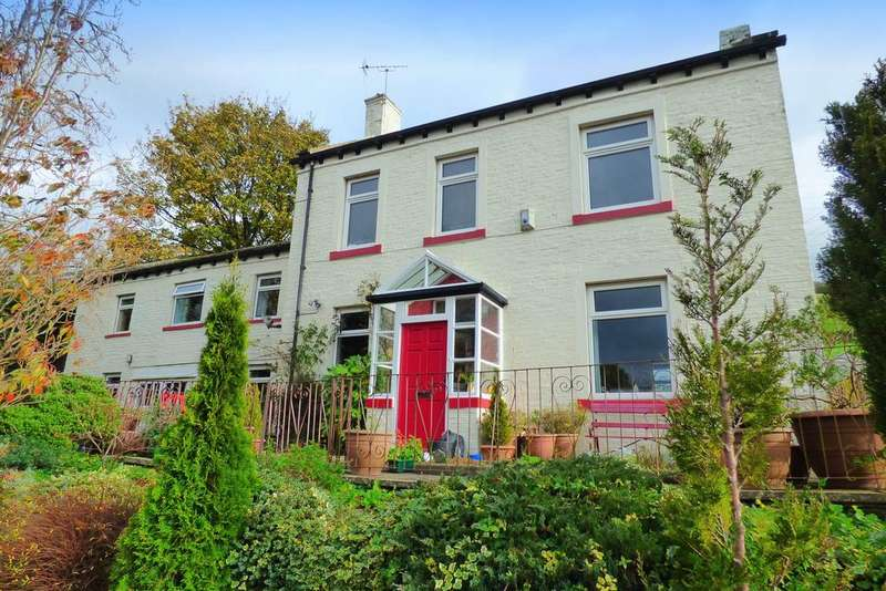 5 Bedrooms Detached House for sale in Royd Lane, Halifax HX3