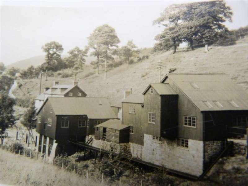 3 Bedrooms Detached House for sale in Talerddig, Llanbrynmair, Talerddig Llanbrynmair