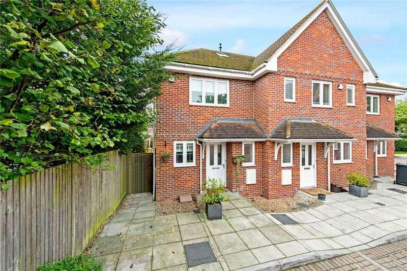 3 Bedrooms End Of Terrace House for sale in Alastair Mews, Beaconsfield, Bucks, HP9