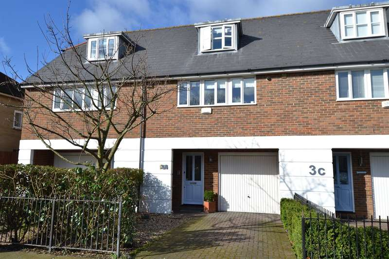 3 Bedrooms Terraced House for sale in Graystone Road, Tankerton, Whitstable