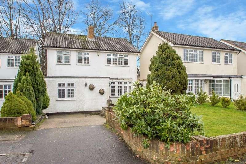 4 Bedrooms Detached House for sale in Balfont Close, Sanderstead, Surrey, CR2 9LL