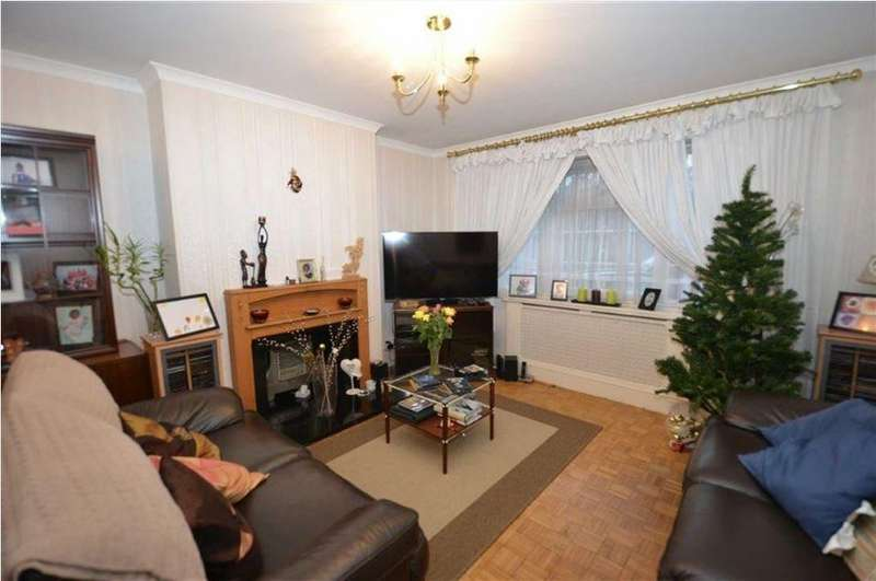 2 Bedrooms Flat for sale in Greenways, North Finchley