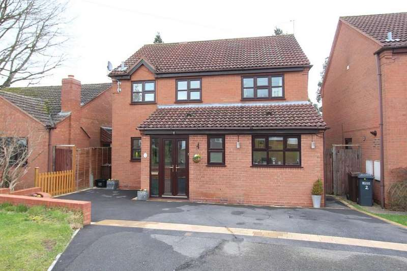 4 Bedrooms Detached House for sale in Ernsford Close, Dorridge