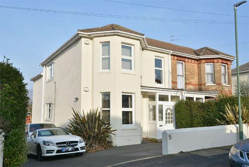2 Bedrooms Apartment Flat for sale in St Clements Road, BOURNEMOUTH