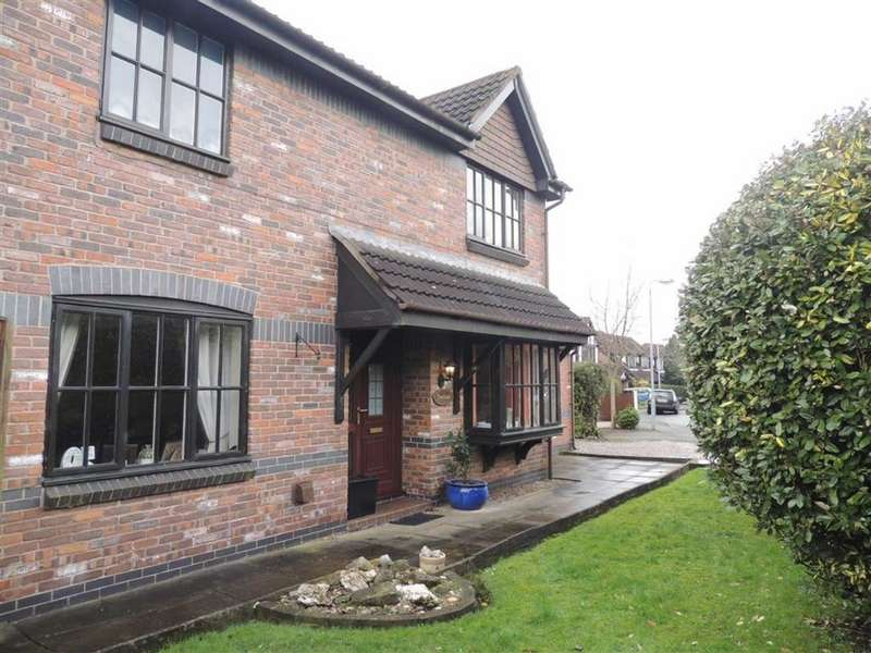 3 Bedrooms Property for sale in Rowanswood Drive, Godley, HYDE