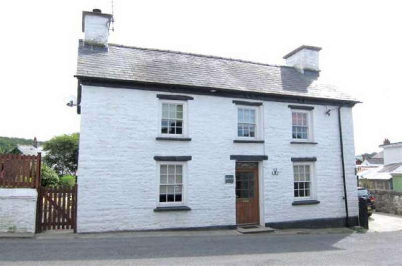 3 Bedrooms House for sale in Nr Tregaron, Ceredigion
