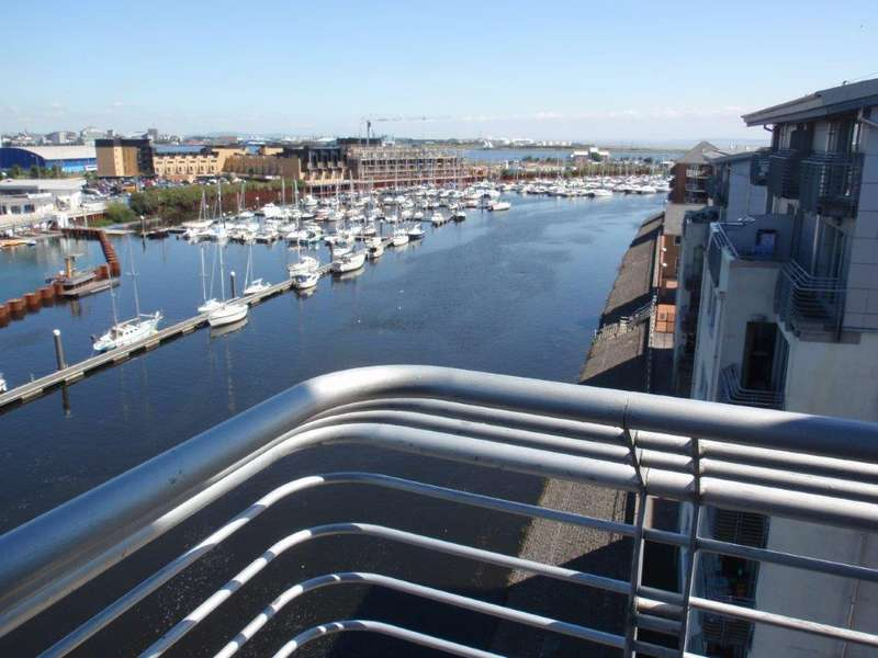 3 Bedrooms Flat for sale in Ty Gwalia, Penarth Marina