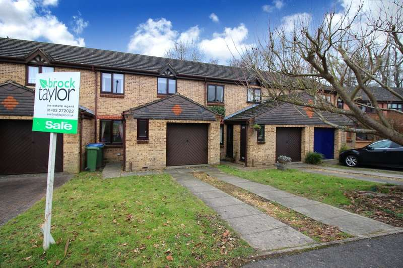 3 Bedrooms Terraced House for sale in Dover Close, Southwater