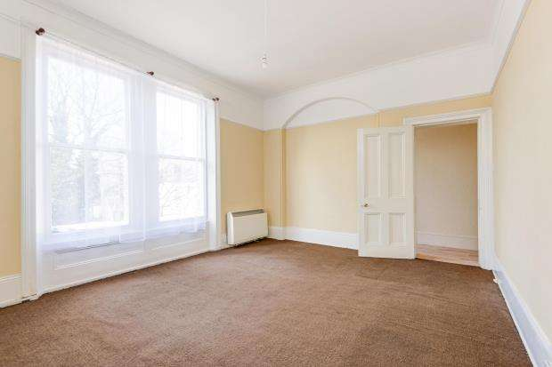 2 Bedrooms Flat for sale in Dartmouth Park Hill, Dartmouth Park, London, NW5