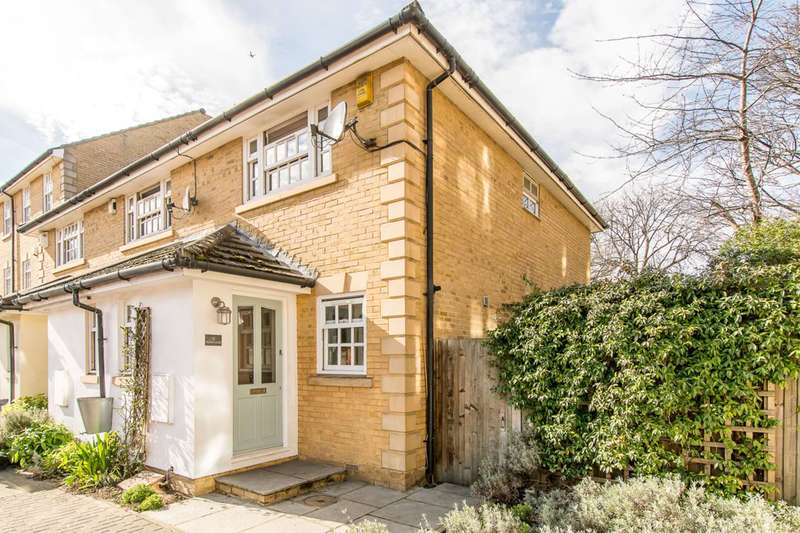2 Bedrooms House for sale in Bedser Close, Oval, SE11