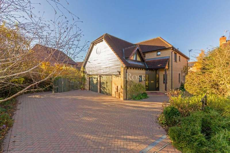 4 Bedrooms Detached House for sale in Furzton