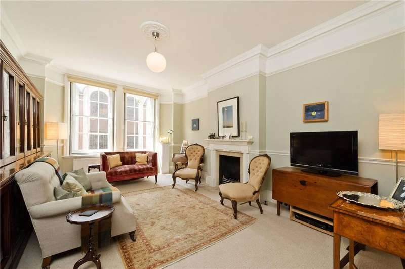 3 Bedrooms Flat for sale in Great Portland Street, Marylebone, London, W1W