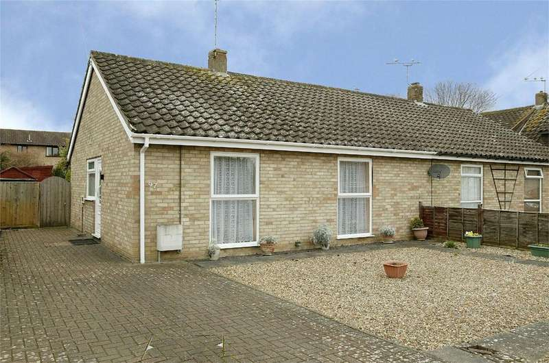 2 Bedrooms Semi Detached Bungalow for sale in The Paddocks, Norwich, Norfolk