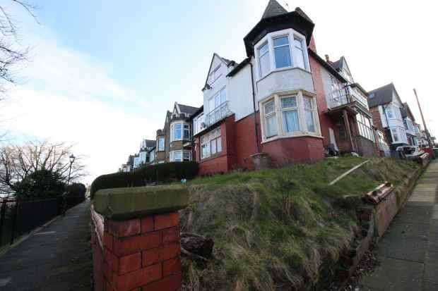 1 Bedroom Apartment Flat for sale in Dalmorton Road, Wallasey, Merseyside, CH45 1LF