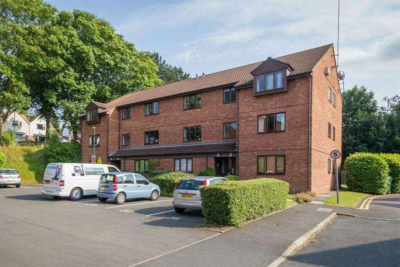 2 Bedrooms Flat for sale in Bloomsbury Grove, Off Priory Road, Kings Heath