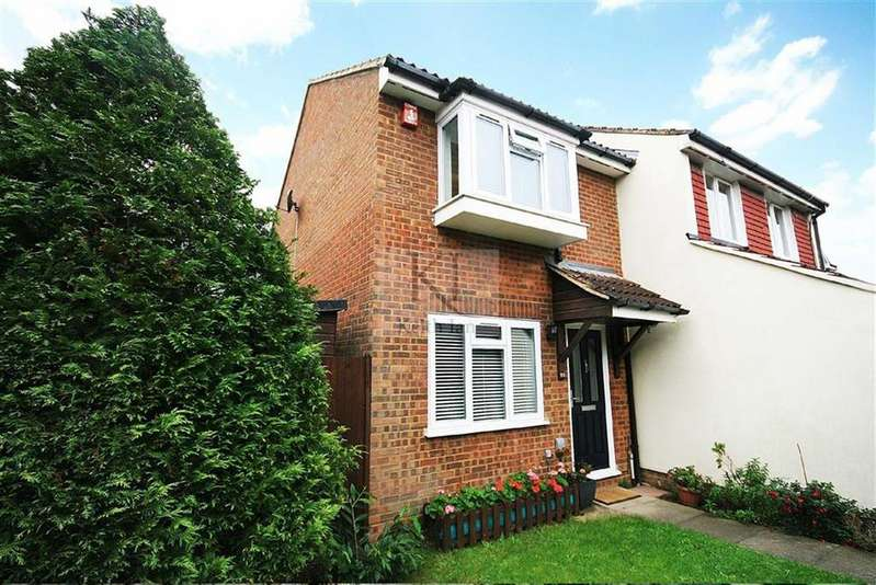 2 Bedrooms End Of Terrace House for sale in Cranleigh Close, West Cheshunt