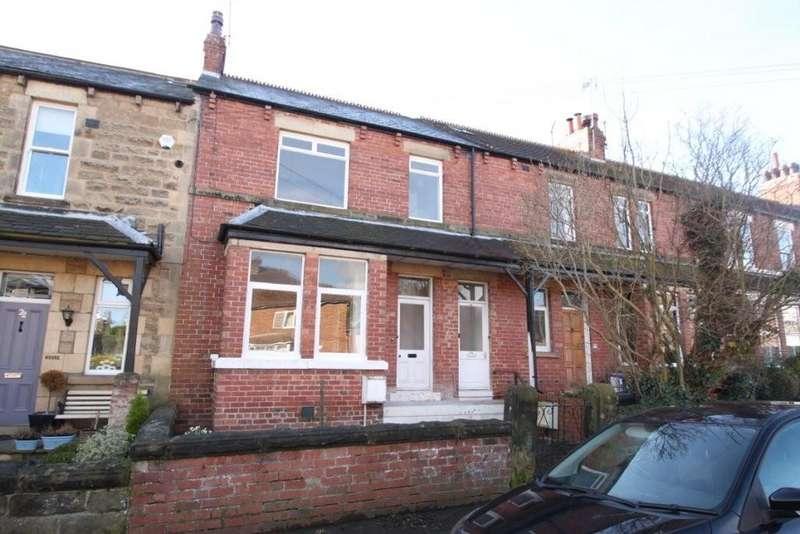 4 Bedrooms Town House for sale in Park Grove, Knaresborough