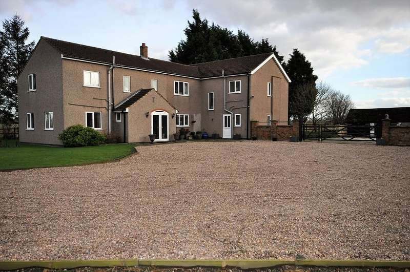 6 Bedrooms Detached House for sale in Common Farm, Belton, Doncaster