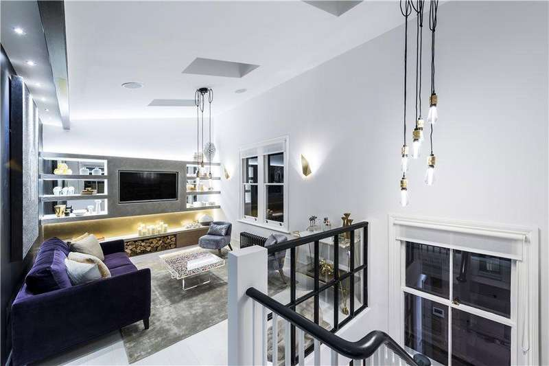 2 Bedrooms House for sale in Millwood Street, North Kensington W10