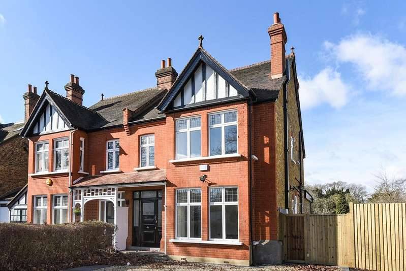 5 Bedrooms Semi Detached House for sale in Kings Hall Road Beckenham BR3