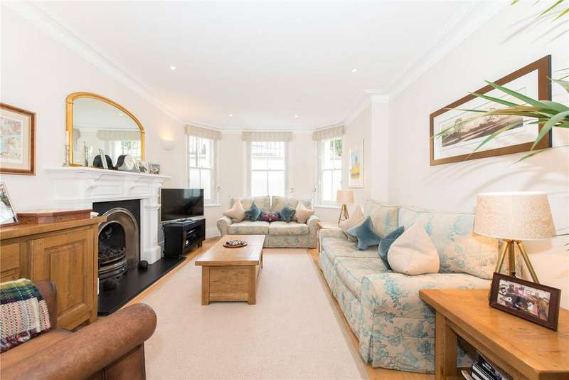 3 Bedrooms Flat for sale in Purcell Mansions, Queen's Club Gardens, Barons Court, Fulham, W14