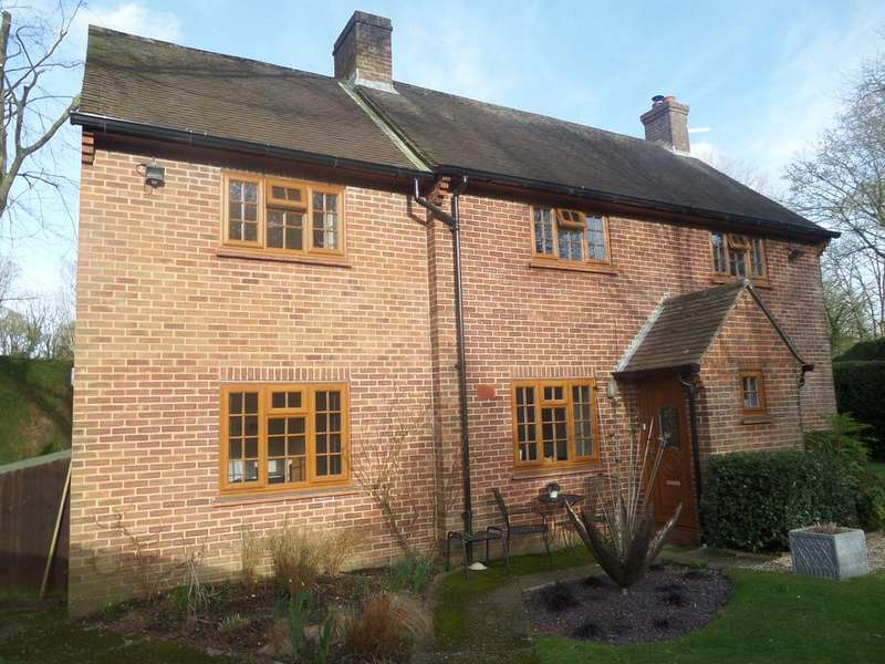 4 Bedrooms Country House Character Property for rent in Furzedown Lodge, Fox Amport, Amport SP11