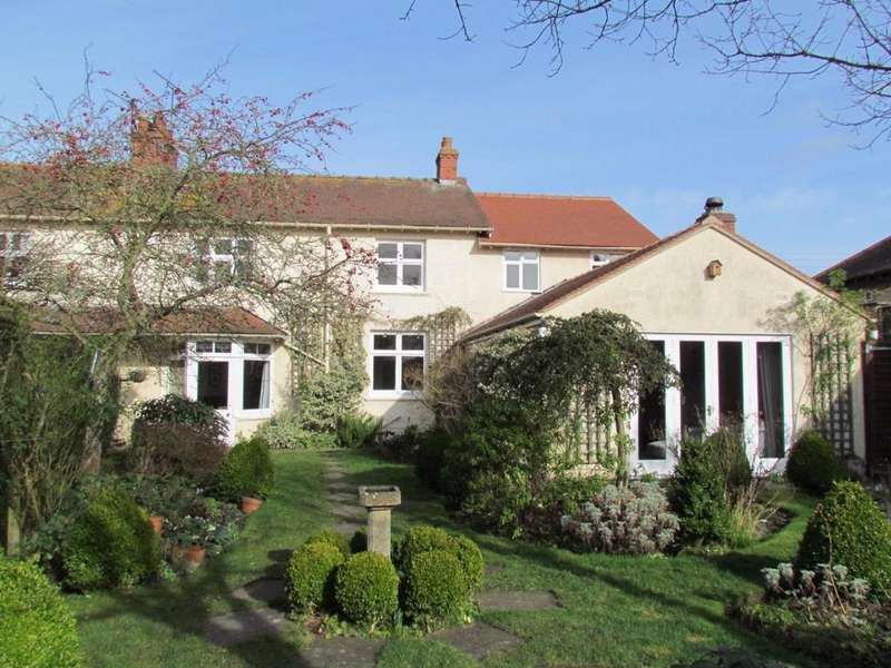 4 Bedrooms House for sale in Westgate, Thornton Dale, Pickering