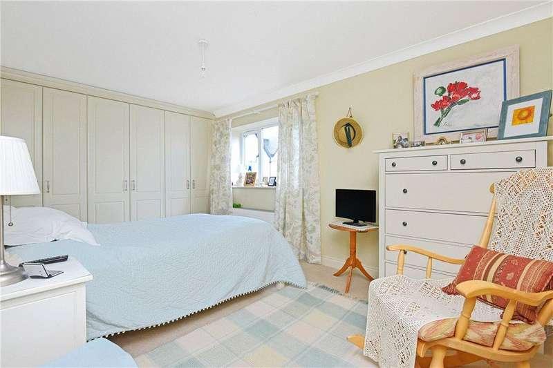 2 Bedrooms Apartment Flat for sale in Cavendish Gardens, 17 Cavendish Avenue, Harrogate, North Yorkshire