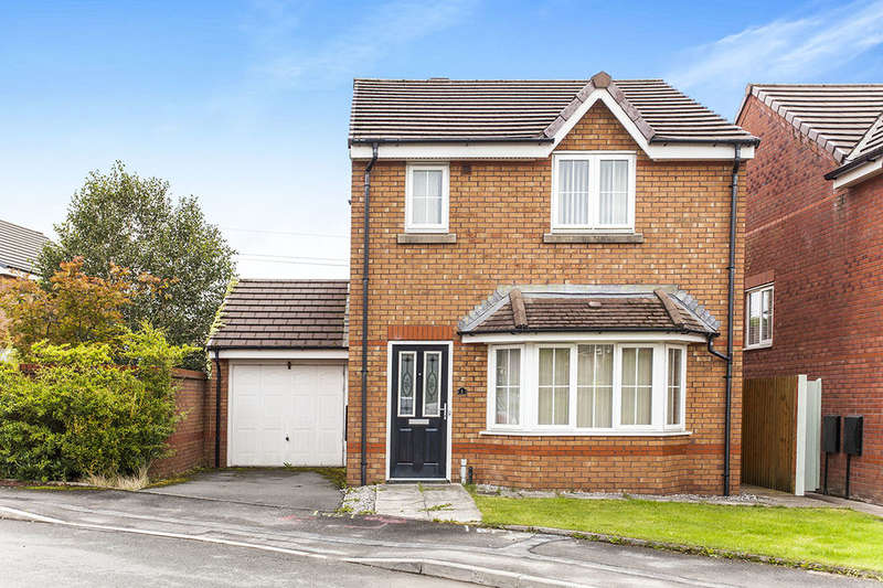 3 Bedrooms Detached House for sale in Larkspur Close, Tonge Moor, Bolton, BL1