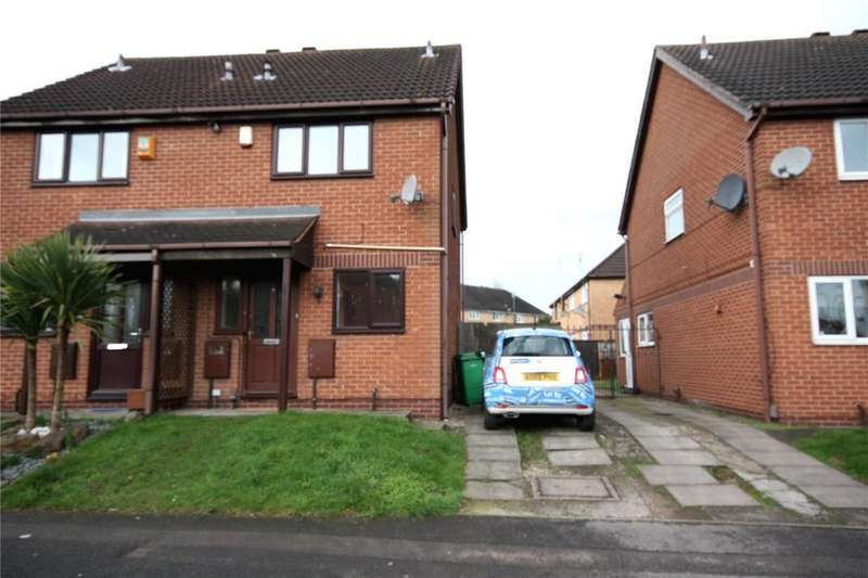 2 Bedrooms Semi Detached House for sale in Evans Road, Basford, Nottinghamshire, NG6