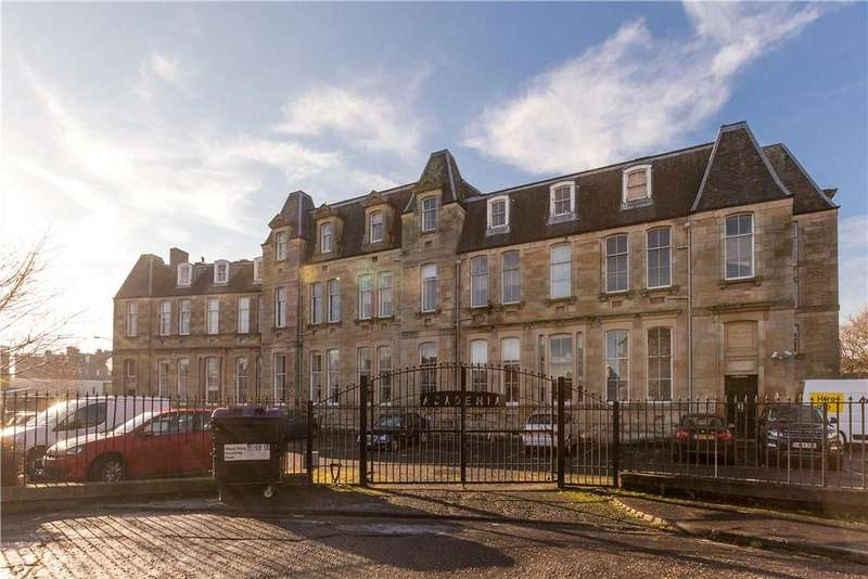 2 Bedrooms Flat for sale in Giles Street, Edinburgh, Midlothian, EH6