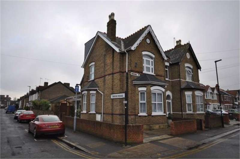 4 Bedrooms Semi Detached House for sale in Hibernia Road, Hounslow, Greater London